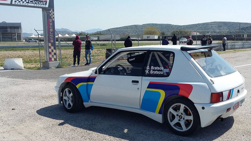 Peugeot 205 GTi first trackday